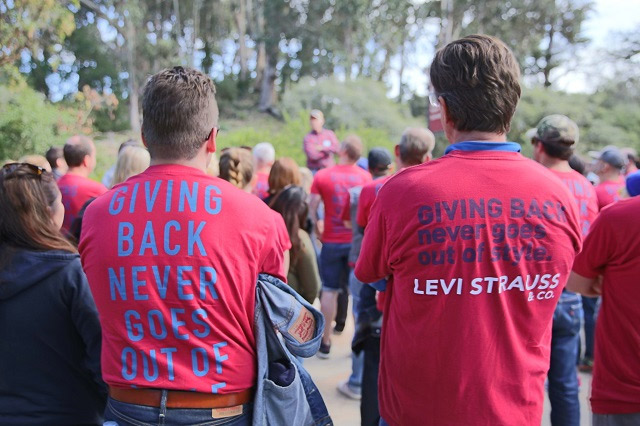 Levi's Employee Volunteer Day, Corporate Team Building
