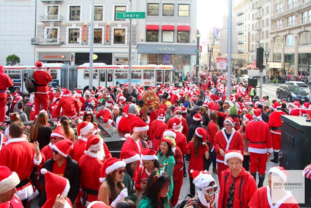 San Francisco SantaCon Pub Crawl, Union Square